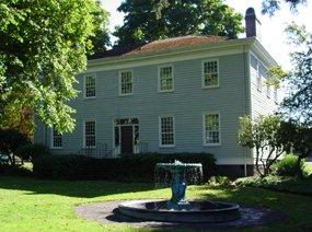 McLoughlin House