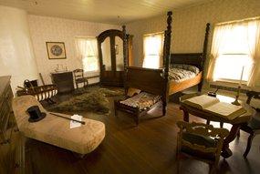 Mcloughlin House Interior